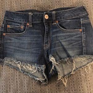 Like new American Eagle frayed shorts.